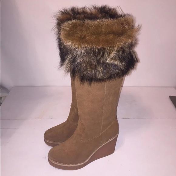 fb0021685446 New UGG Australia Valberg suede fur cuff wedges. M 5bea1a1d619745b5f6643b2e
